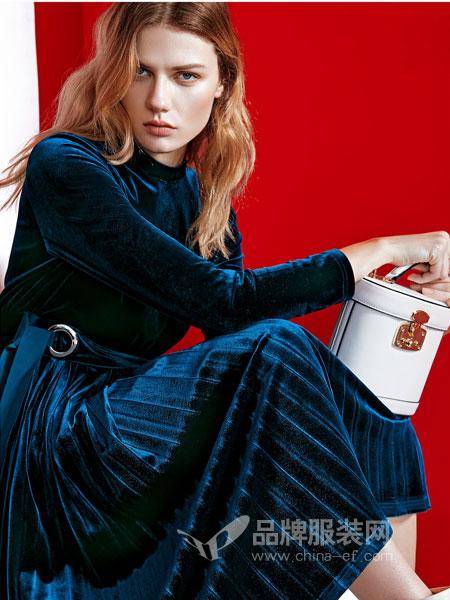 祝贺JAOBOO乔帛时装十一月喜迎多位加盟商签约!