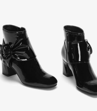 达芙妮等传统鞋履品牌转型怎么做?这几个事实告诉你