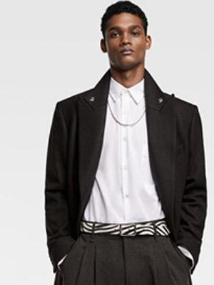 Zara 匠心设计于细节处彰显 展现闪耀时尚魅力