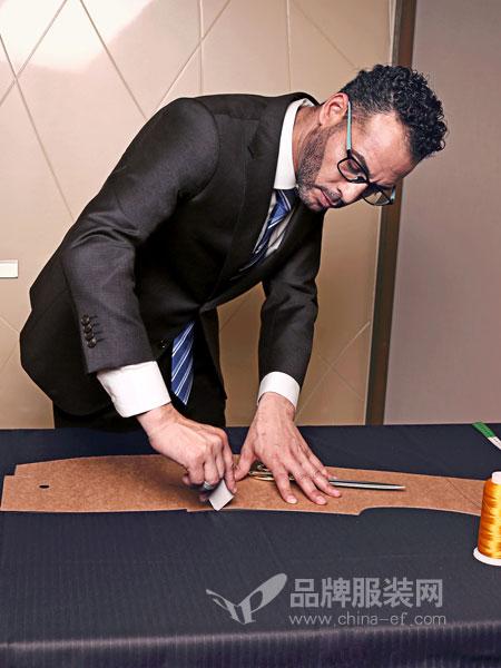 打造中国标杆性男装品牌 富绅期待您的加盟