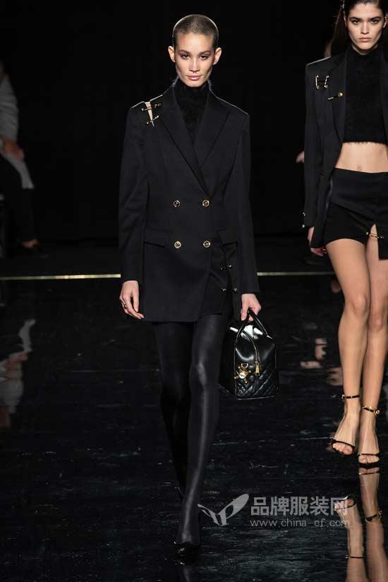 Versace2019早秋大秀 妖气冲天的优雅华贵