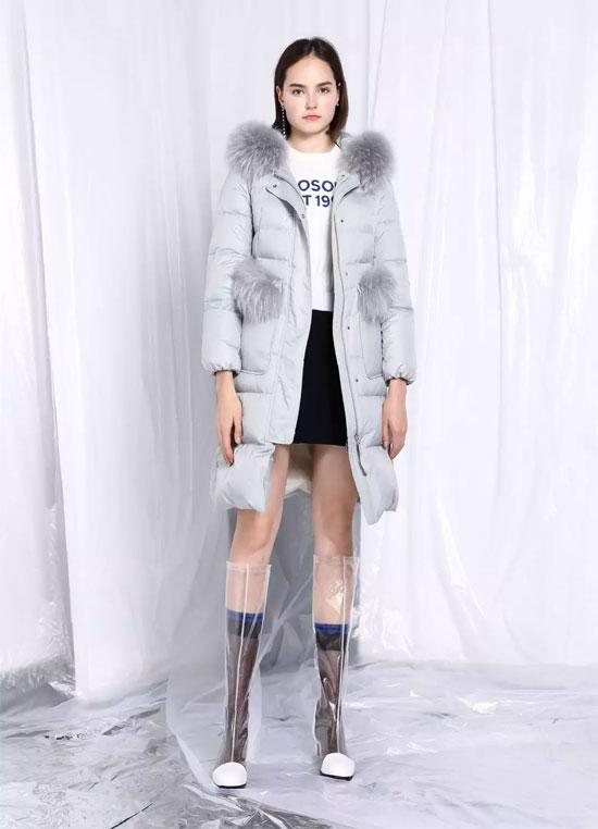 PEOLEO品牌服饰丨李凯馨的暖冬羽绒Rule~