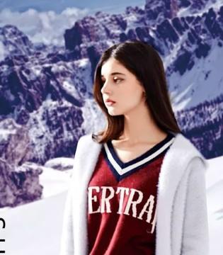 十八淑女坊shunvfang:我有一点小任性 毛衣刚刚好!