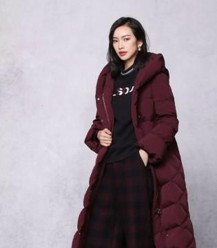 LS领秀 她说:冬日想要拥抱更多的色彩~