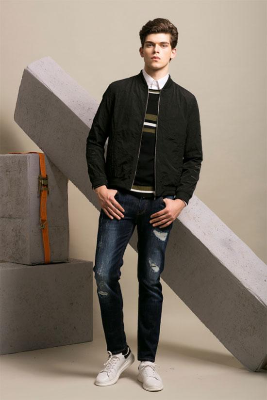 秋冬牛仔裤怎么搭 Saslax莎斯莱思轻松穿出质感