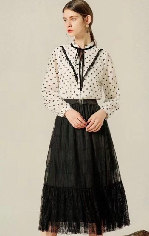 其实衣佰芬女装想给予你的是双重魅力感