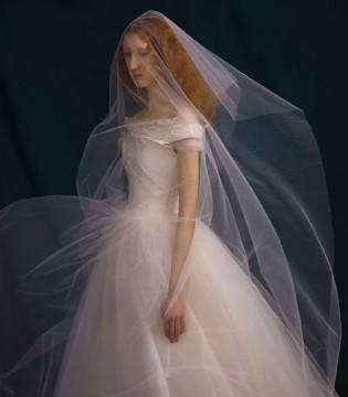 SHINE MODA全新2019春夏婚纱大片 油画中的维纳斯