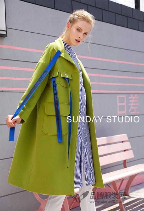 时髦又兼顾温暖性能的毛呢大衣 怎么搭配才好看