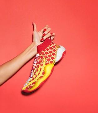 番茄炒蛋?! adidas Solar Hu新年款太喜庆了!