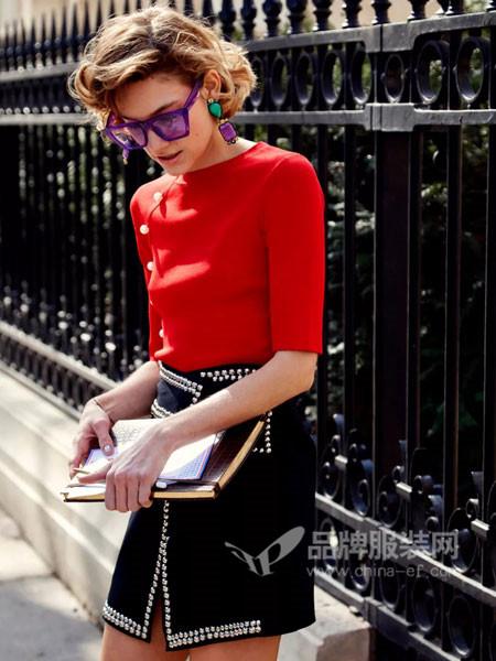 创业加盟选择雀啡品牌女装 利润回报看得见