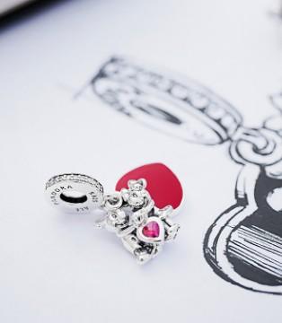 深陷泥潭 Pandora潘多拉珠宝商业神话终结
