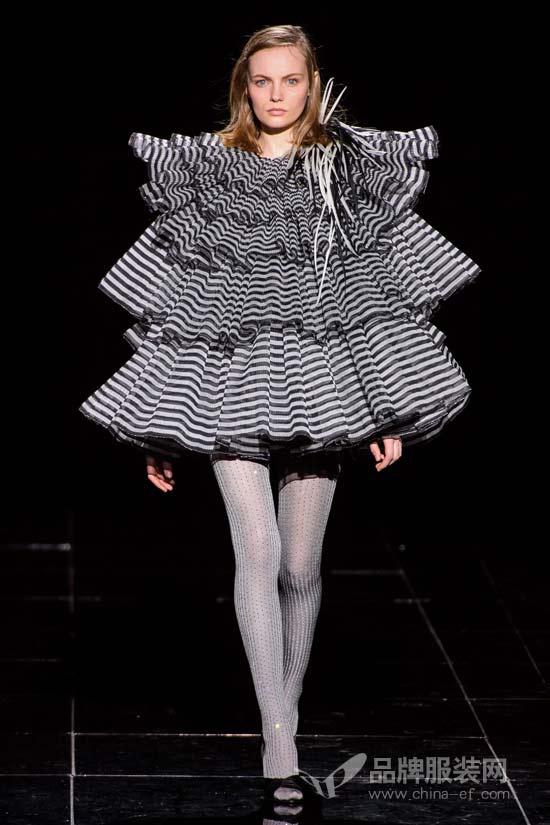 Marc Jacobs2019秋冬系列 流金岁月中的华丽女人