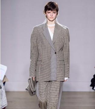 给时尚做减法 做一个精致简单的Ports 1961女孩