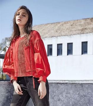 UBWEEKEND周末19春装新品 邀您一起红出色彩