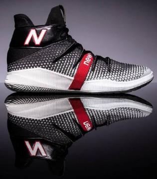 莱昂纳德全新签名战靴New Balance OMN1S首度曝光!