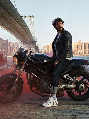 意大利高级时装平安彩票网Valentino新赏 唤起多元魅力