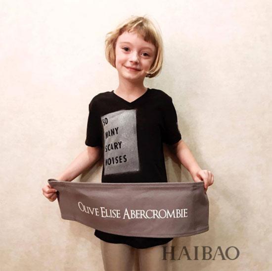 """网红""""小萝莉""""Olive Elise Abercrombie近期私照合辑"""