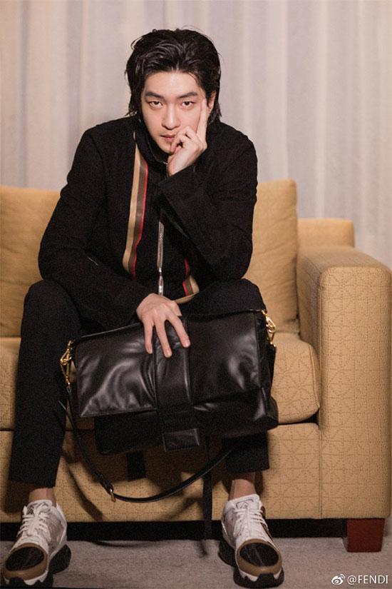 谭卓成Fendi中国区Baguette手袋大使 全新名人look释出