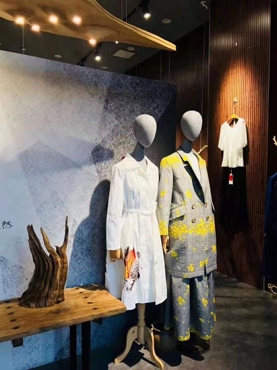 中国国际服装服饰博览会 E问女装留下深刻足迹