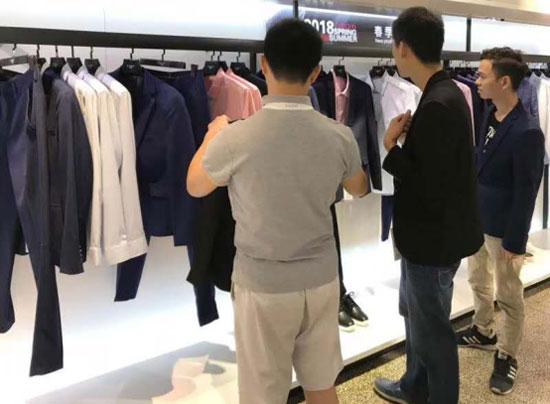 它钴男装丨休闲男装开店要掌握整个市场的发展路线