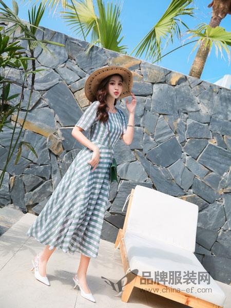 衣艾品牌女装 教你时尚潮流的服装搭配