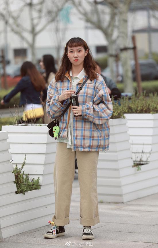 时尚潮流的服饰都在哪 尽在潮流街拍达人这里