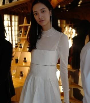 高颜值国模小姐姐超会穿!新生代中国模特报道!