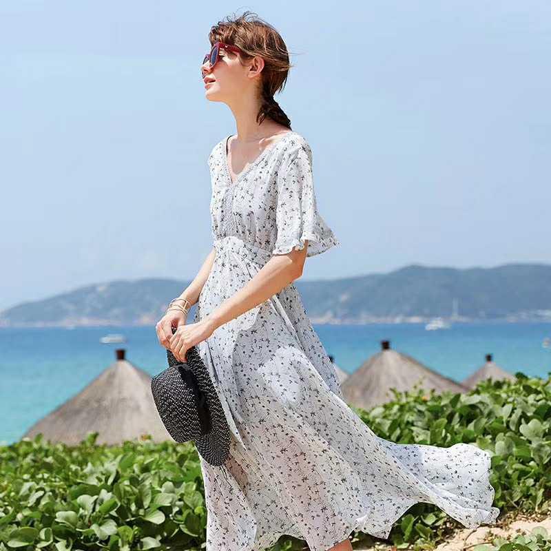 品牌折扣女装 衣佰芬品牌带你行走在夏日时尚优雅中去