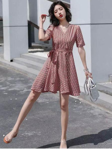 搜美品牌女装 带给你不一样的加盟体验