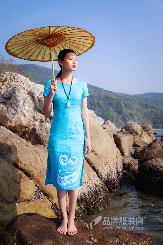曼茜纱女装品牌 都市女性的好选择