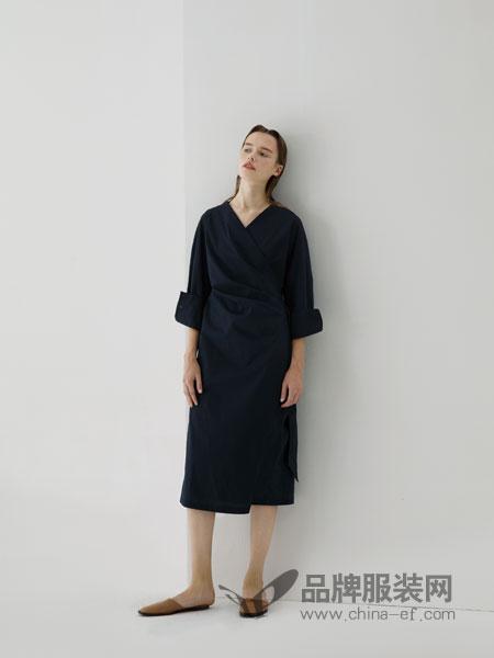 《筑梦情缘》热播 奕色LESERBIE:服装是贴身的建筑