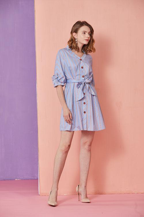 真斯贝尔品牌2019年新款女装 一个时代的时尚顶端