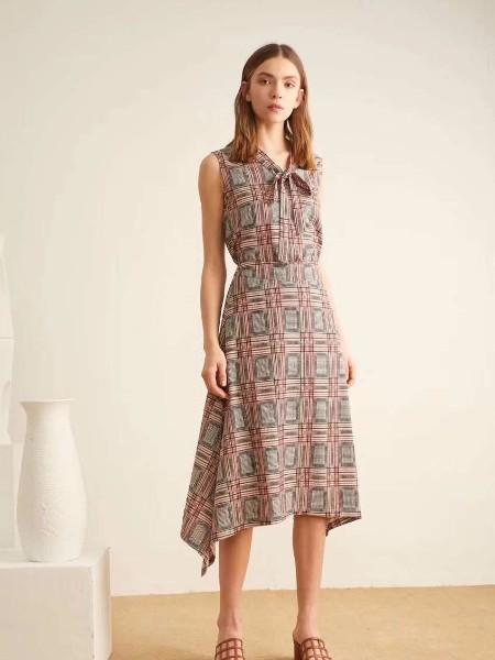 阿莱贝琳时尚女装 是你创业路上的不二选择
