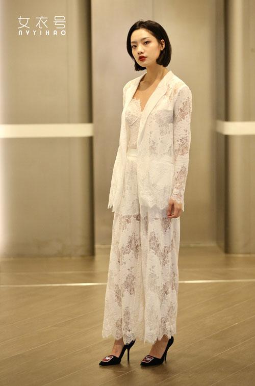 女衣号品牌让你成为生活中的女一号 塑造优雅与高端的