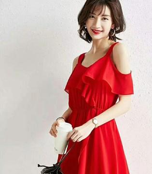 爱依莲女装品牌夏季连衣裙系列 被飘逸长裙惊艳到