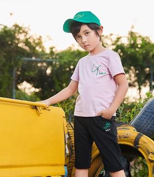 卡儿菲特教你如何在夏季展现孩子的天真活泼