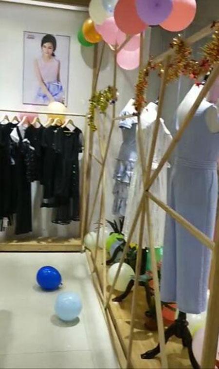 想要舒适时尚女装?那就来看看金蝶茜妮品牌女装店吧
