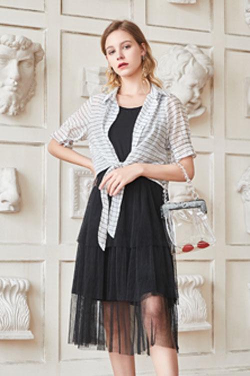 艾丽莎Ailsha女装品牌百变时髦 气焰气焰永存 融适时髦之美