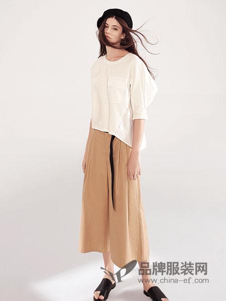 特大喜讯!意澳女装店在近日于深圳沙井盛大开业了!
