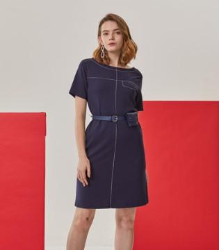 真斯贝尔时尚女装 将时尚穿在身上