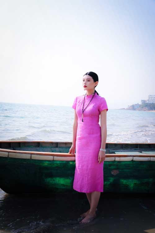 不同场合穿不同衣装 曼茜纱品牌为你准备气质服饰