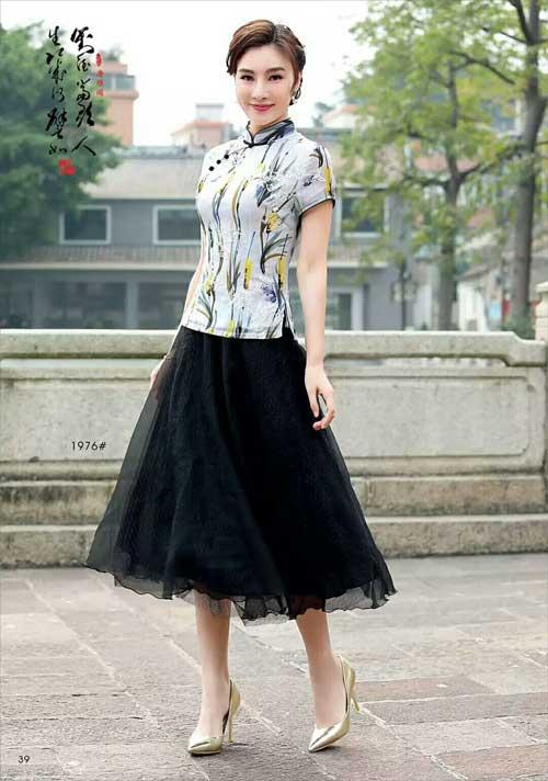 唐雅阁气质旗袍品牌 气质独立在她人之上