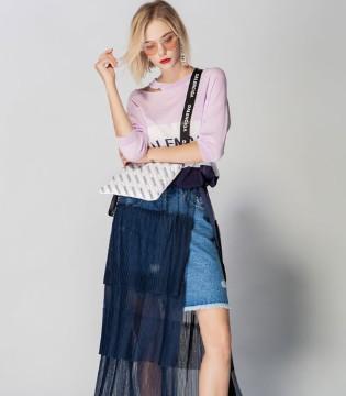 火爆整个夏日的JA&EXUN女装品牌 潮流服饰震撼来袭!