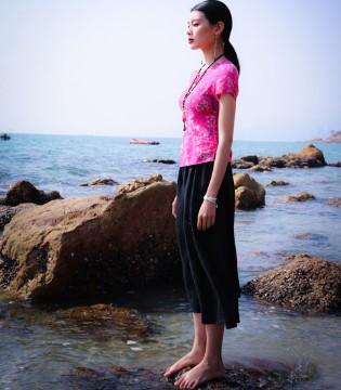 曼茜纱女装品牌 女性服饰自然的美才是美