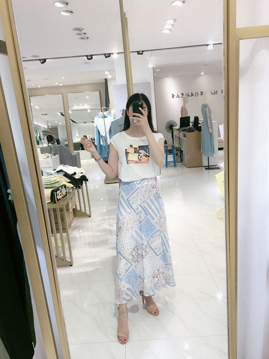 ECA女装品牌:在这个炎热的夏日 依旧优雅秀丽