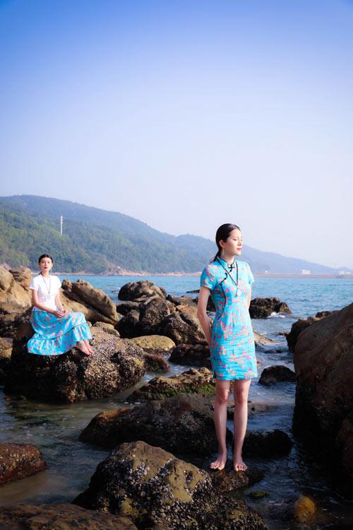 曼茜纱女装品牌 呈现出自然与民族之美