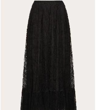听说Valentino奢饰品品牌新款的半裙与夏日更加般配哦