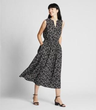 时尚行业速报:优衣库收益创新高 李维斯下半年放缓
