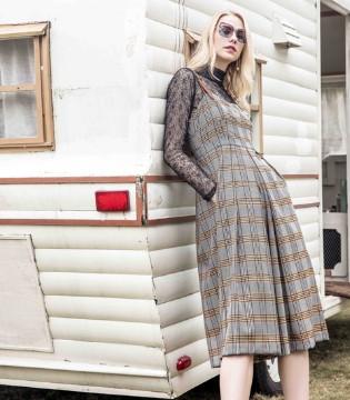 西逅女装品牌 新品上市的服饰优雅至极