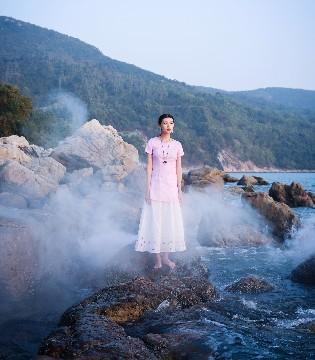 曼茜纱女装品牌:当一切虚无缥缈时就是一种时尚